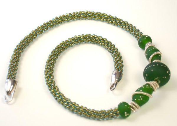 Kumihimo with beads!
