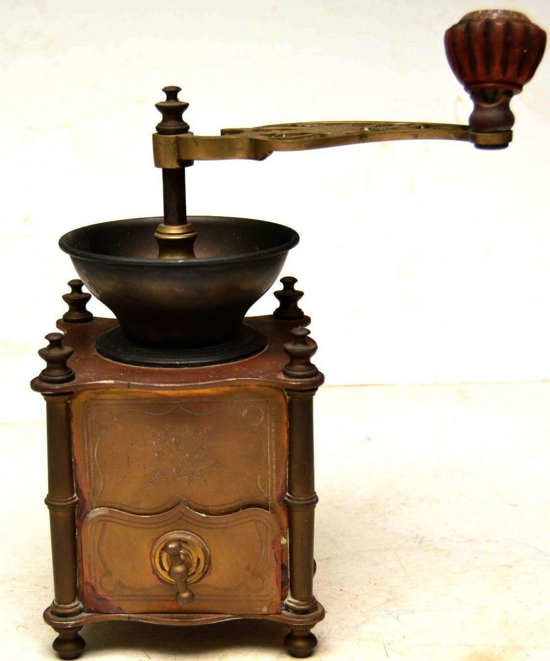 Amazing Coffee Tips You Just Won T Believe Craving Coffee Vintage Coffee Coffee Grinder