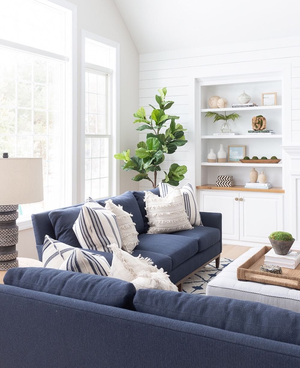 Pin By Michelle Ternullo On Home Design Blue Living Room Decor Navy Sofa Living Room Blue Sofas Living Room