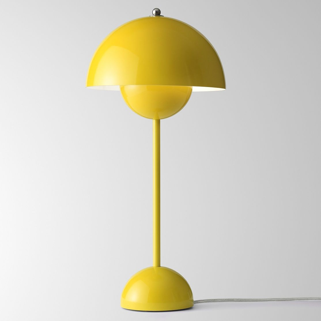 Flowerpot Lampe De Table Jaune H50cm Lampe A Poser Tradition Designe Par Verner Panton Lightonline Table Jaune Decoration Escalier Lampes De Table