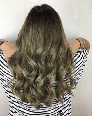 صبغة شعر اشقر رمادي زيتي الانواع و طريقة الصبغ و اجمل صور Olive Hair Olive Hair Colour Ash Hair Color