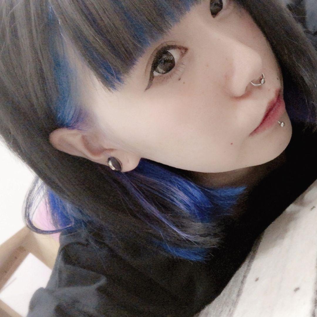 Hitomiさんはinstagramを利用しています Newhaircolor ブルー