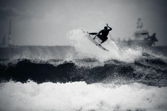 Dane Reynolds, South Africa. Photo: Ellis #surfer #surferphotos