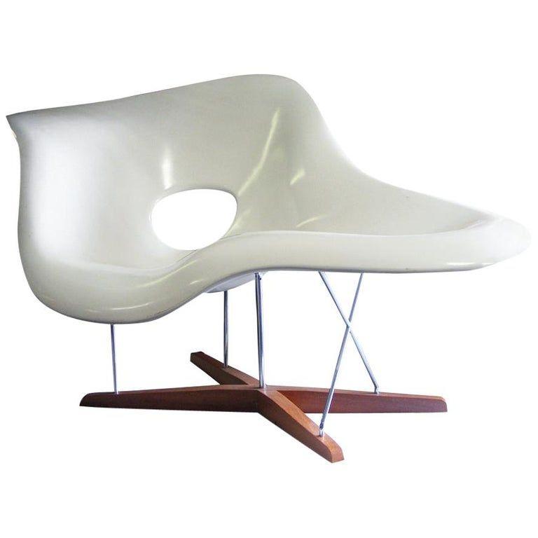 Charles And Ray Eames Lounge Chair Cl9026 Eames Style La Chaise Brazilian Modern Fiberglass Black Lounge Chair Eames Modern Lounge Chairs