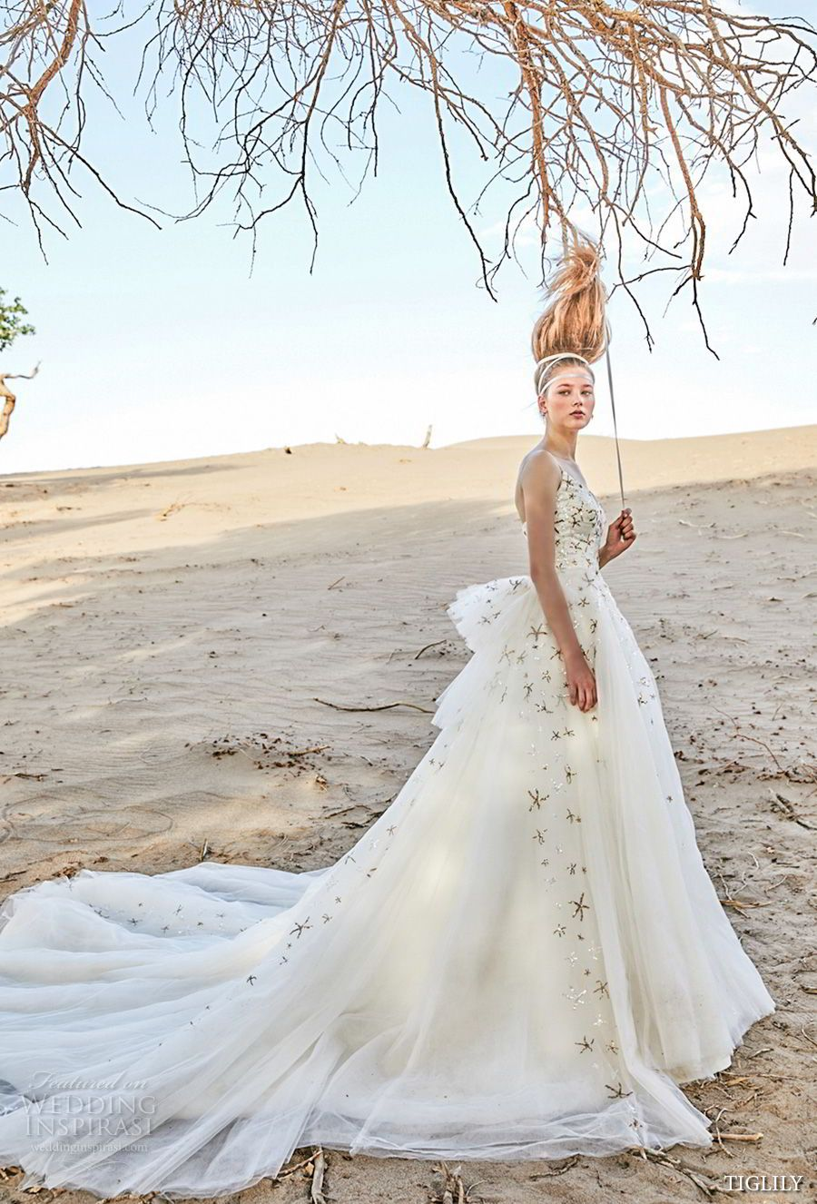 Fairytale ball gown wedding dresses  TIGLILY  Wedding Dresses  fairytale  Pinterest  Chapel train