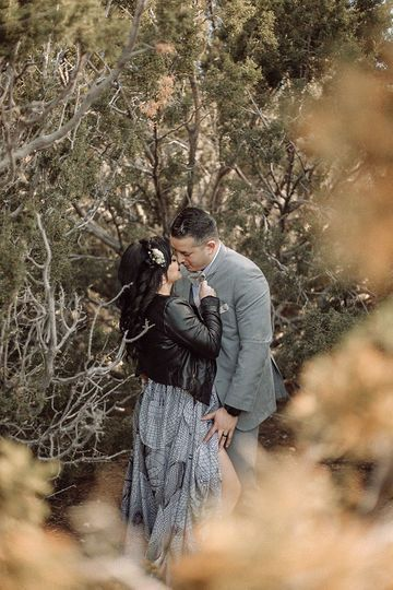 Desert Elopement // Betty + Vincent // Styled HWY