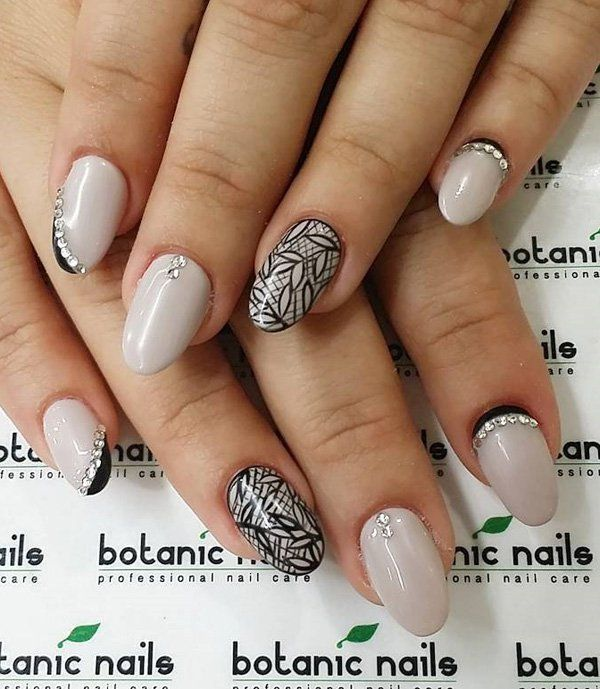 40 Gorgeous Crescent Moon Nails Moon Nails Diamond Design And