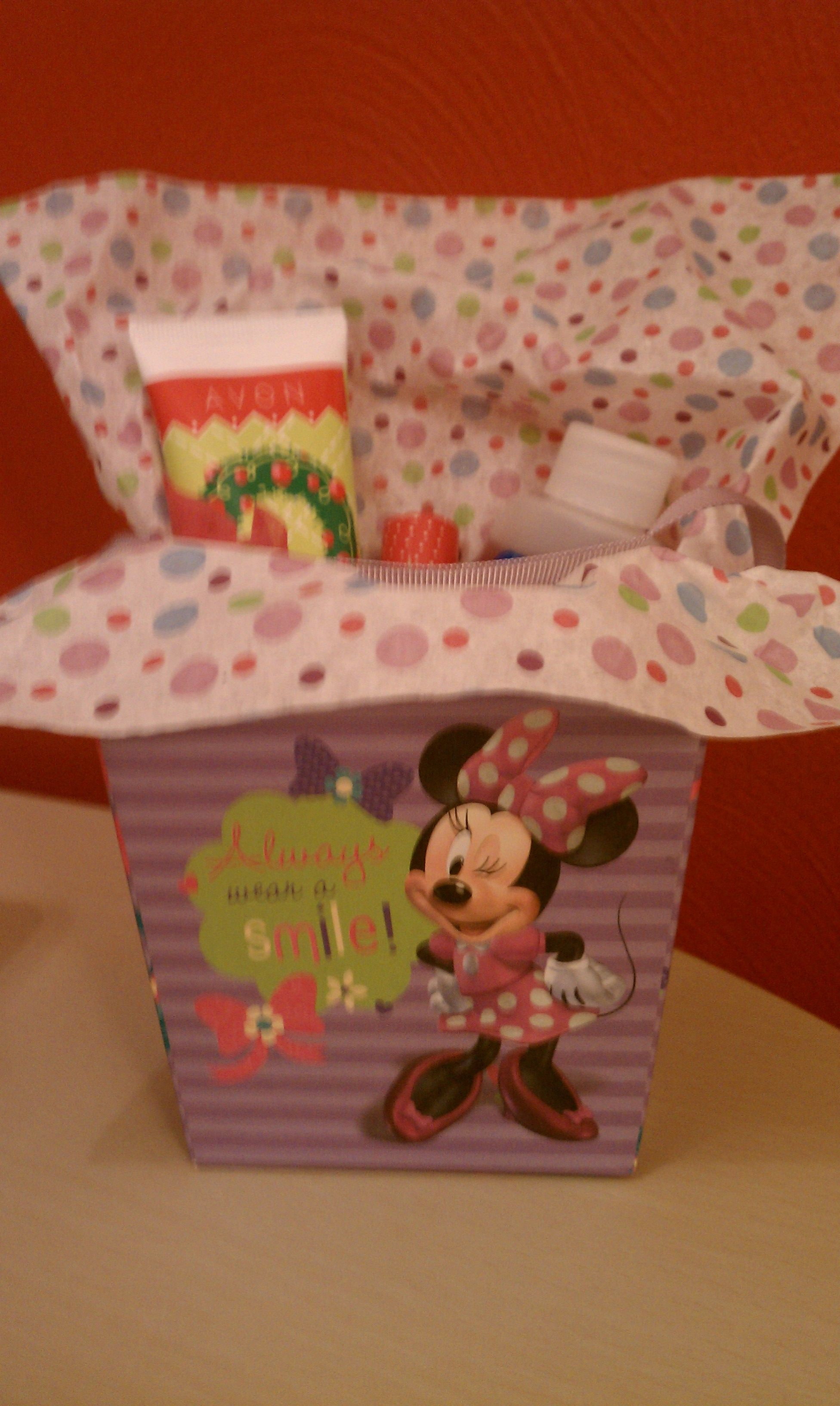 5 Avon Kid S Gift Pack Includes Hand Sanitizer Hand Cream