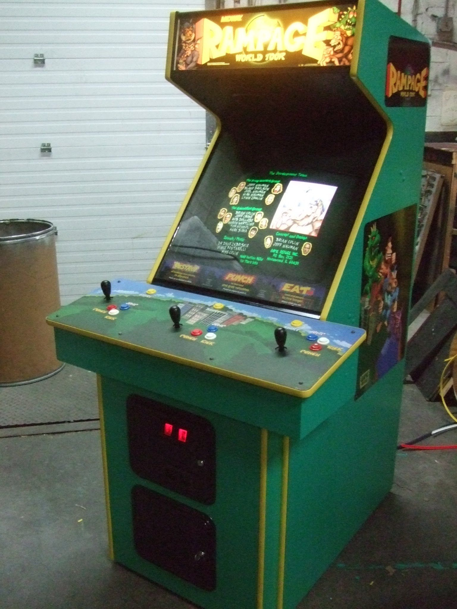 Bally Midway RAMPAGE WORLD TOUR 1996 3 Player Arcade Video Game