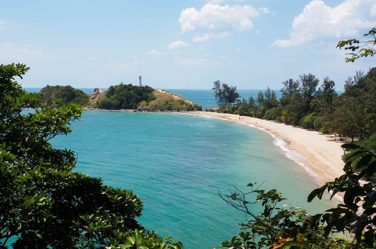 Beach and lighthouse, Koh Lanta, Thailand in 2019 Best