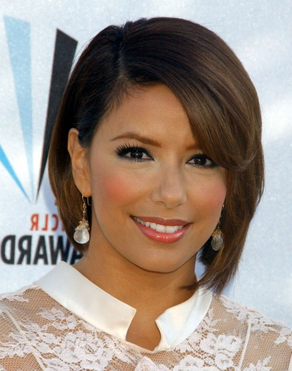 Cool Hairstyles for Round Faces Tips  Inverted bob Face and Bob