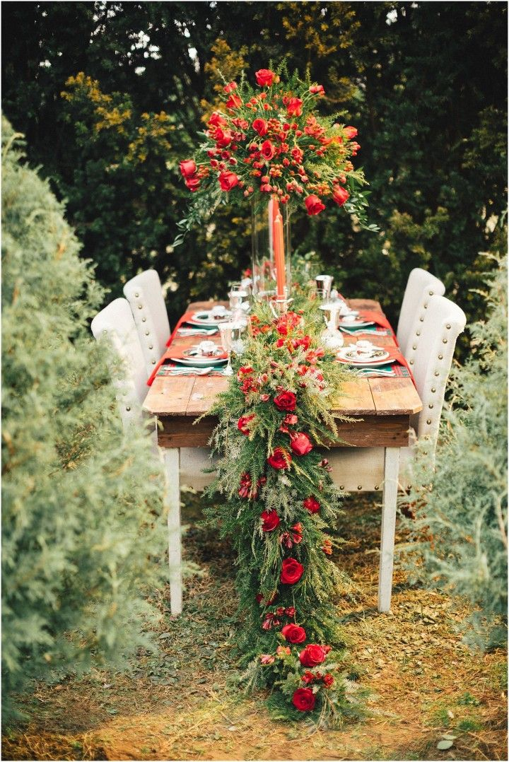 Christmas Tree Farm Wedding Inspiration Knoxville Tn Christmas Tree Farm Wedding Table Flowers Flower Runner