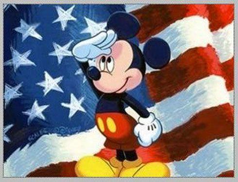 Mickey com a bandeira dos Estados Unidos