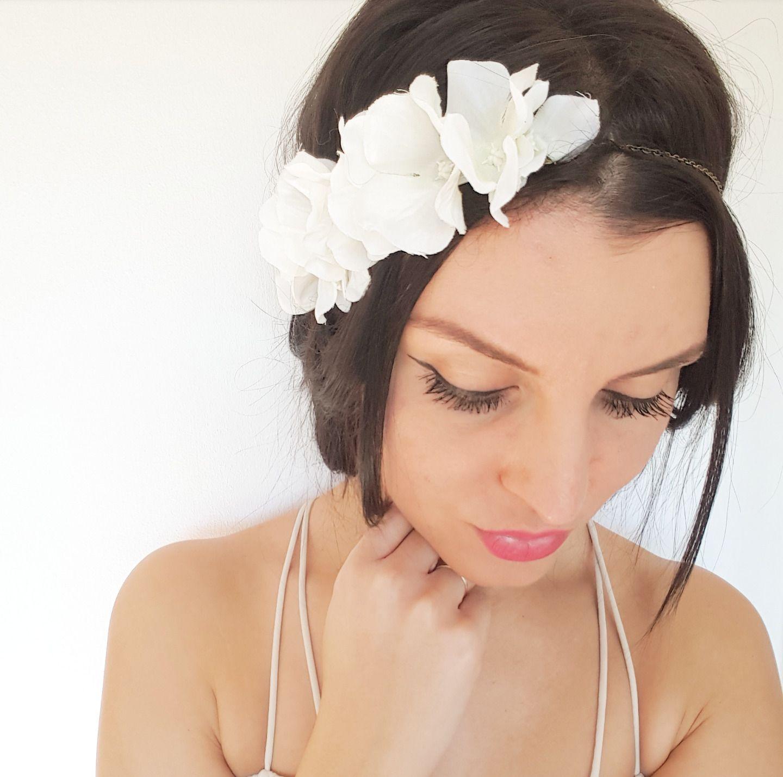 headband mari e fleurs blanches bijou de cheveux mariage boh me accessoires coiffure par. Black Bedroom Furniture Sets. Home Design Ideas