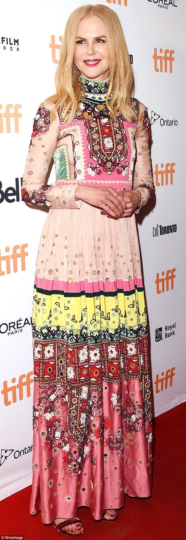 Nicole Kidman makes a statement in bright patterned dress