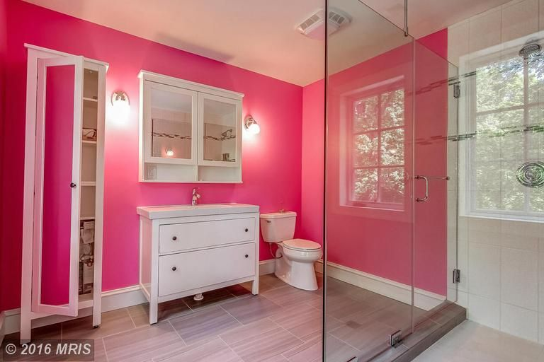 505 Widewater Road, Stafford VA 22554 | moirandco.com #fxbg #virginia #homeforsale #houseforsale #fxbgrealestate #house #home #homesweethome #acreage #customhome #custombuild #pinterestworthy #design #decor #interiordesign #bathroom #bathroomdesign #tile #custombath #custombathroom