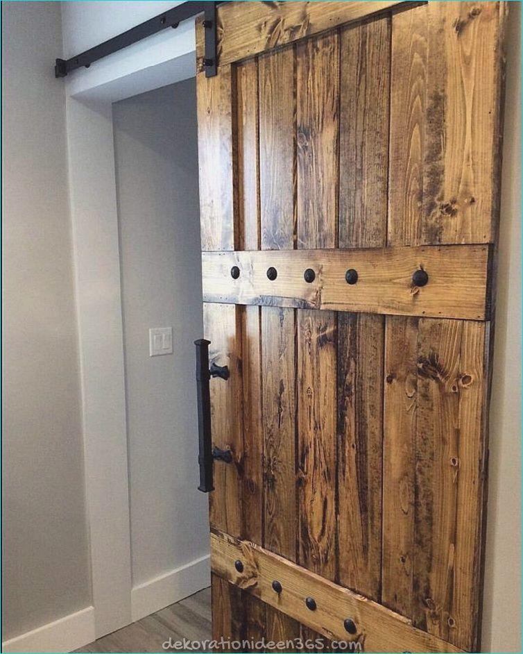 Wooden sliding doors – new designs for interiors