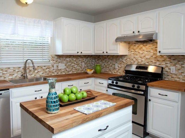 arbeitsplatte küche holzoptik und küchenrückwand mit mosaik Küche