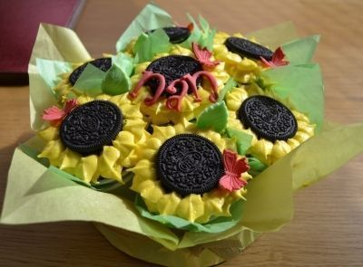sunflower cupcake bouquet By glx_cakechic on CakeCentral.com #sunflowercupcakes sunflower cupcake bouquet By glx_cakechic on CakeCentral.com #sunflowercupcakes sunflower cupcake bouquet By glx_cakechic on CakeCentral.com #sunflowercupcakes sunflower cupcake bouquet By glx_cakechic on CakeCentral.com #sunflowercupcakes sunflower cupcake bouquet By glx_cakechic on CakeCentral.com #sunflowercupcakes sunflower cupcake bouquet By glx_cakechic on CakeCentral.com #sunflowercupcakes sunflower cupcake bo #sunflowercupcakes