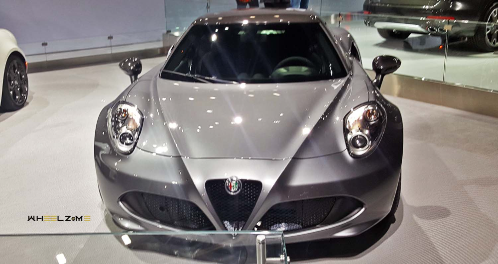 الفا روميو 4 سي وزن أخف وصوت وأداء أروع موقع ويلز In 2021 Alfa Romeo 4c Sports Car Car
