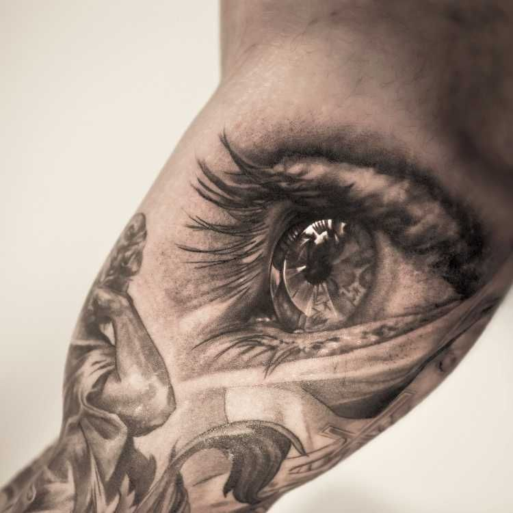 Best tattoo artists in the world tattoos pinterest for Top 100 tattoo artists world