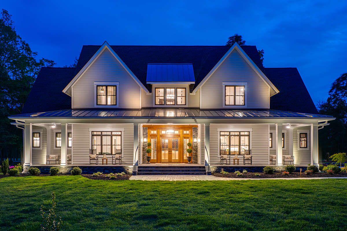 House Plan 098-00326 - Modern Farmhouse Plan: 3,95
