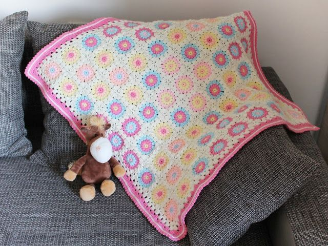 Baby Sunburst Baby Blanket (with Square Pattern) (Made in K-town ...