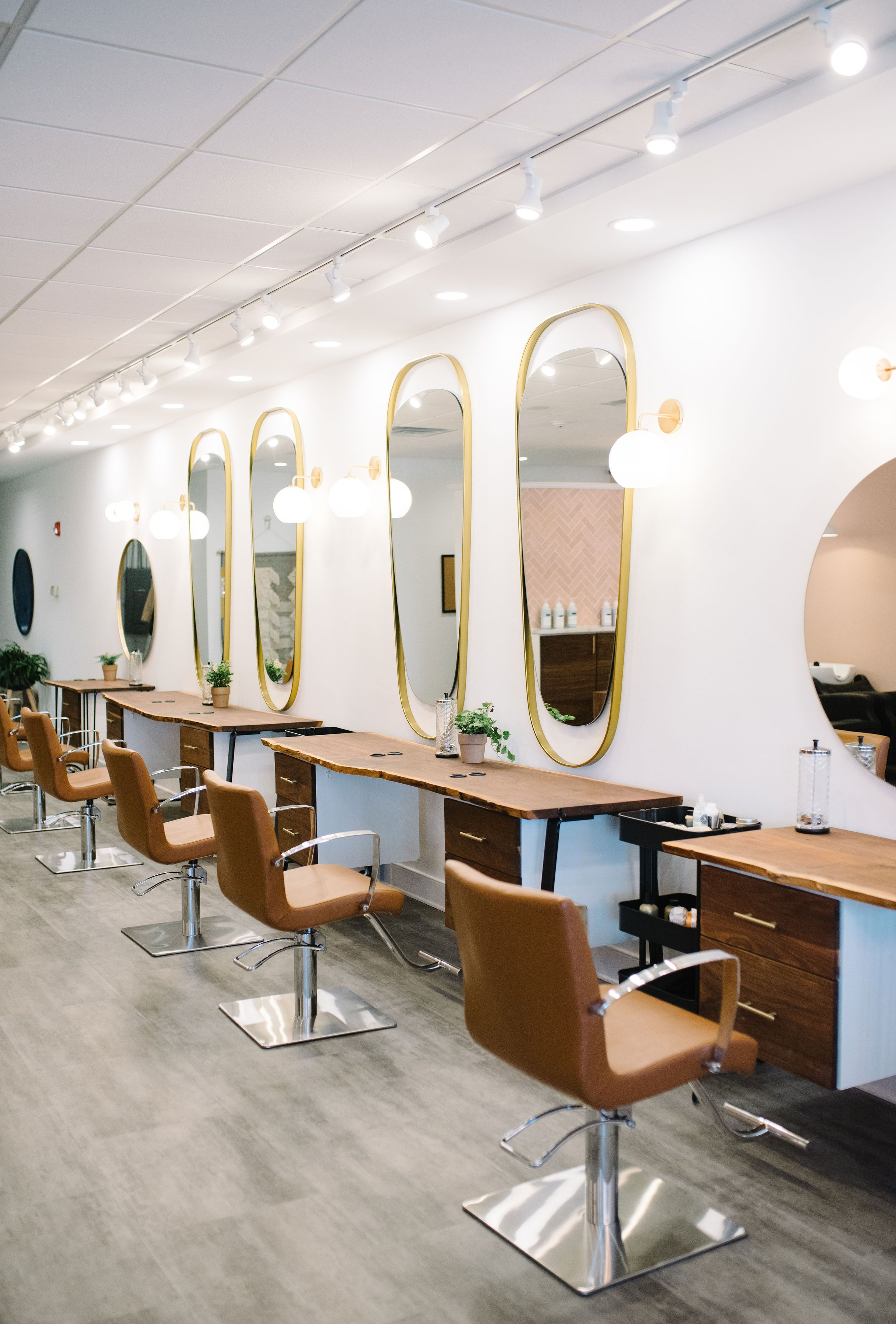 Salon Space Rennes Isn T This Salon Gorgeous Check Out Luna Hair Co In West Chester