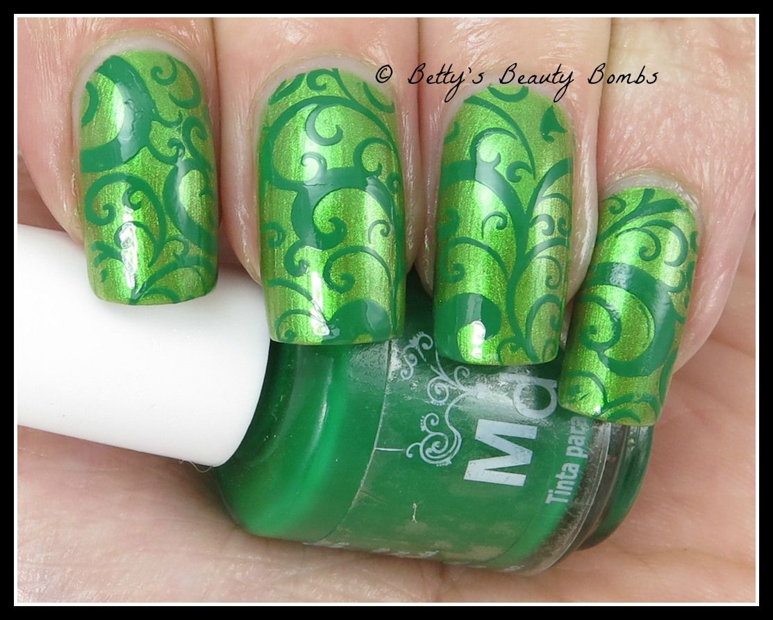 OPI My Gecko Does Tricks from the Hawaii collection. The stamping ...
