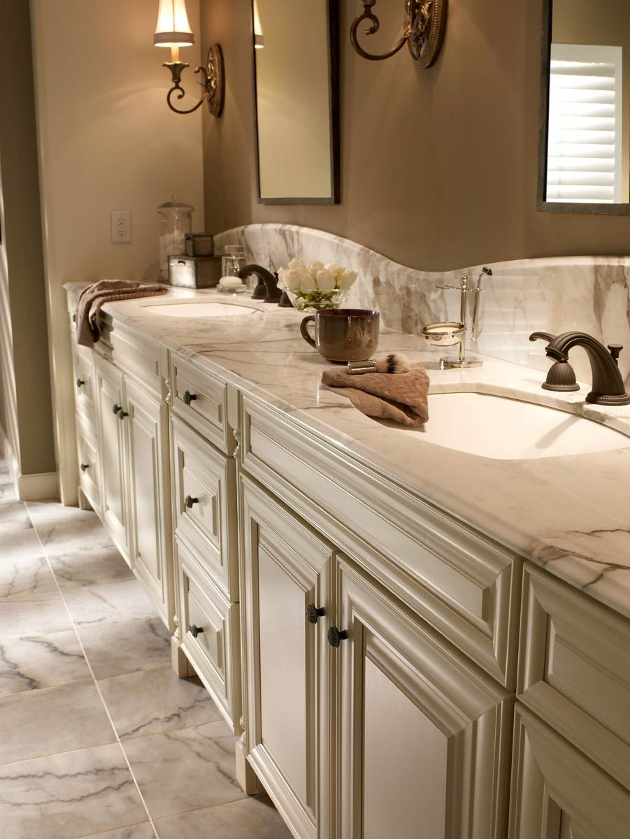 A1 Luxury Bathrooms & Kitchens waypoint living spaces | style 720r in maple cream glaze | bath