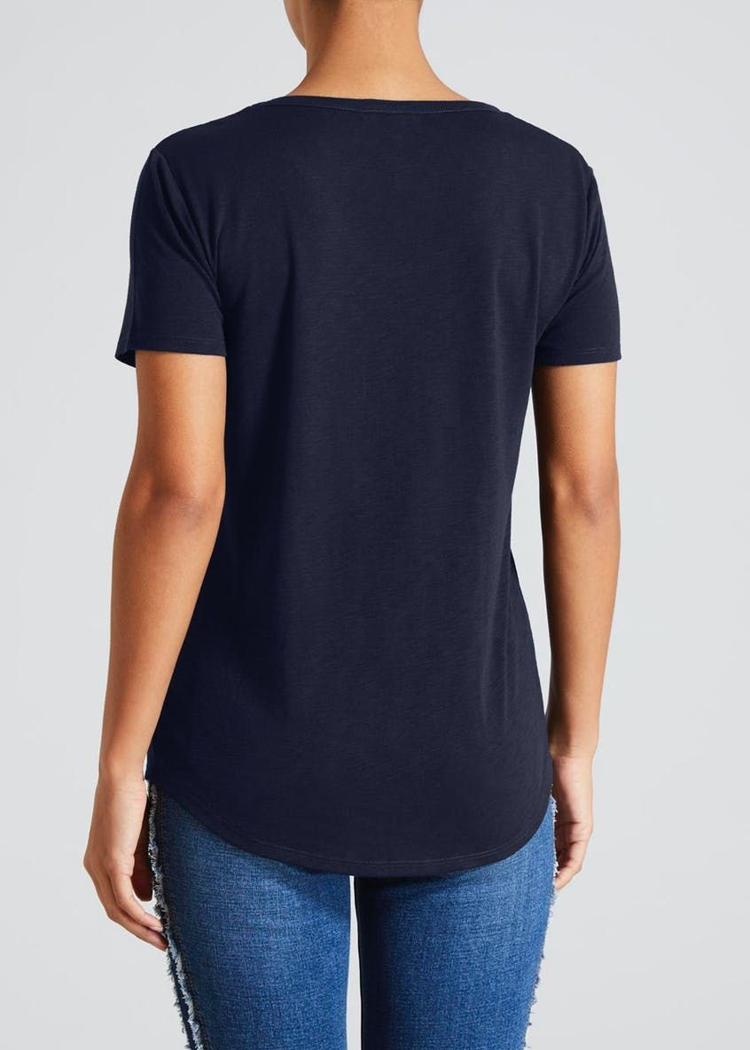 0f72f809c6c5 Modern Basic Pocket T-Shirt in 2019 | Navy Desire! | All at Sea ...