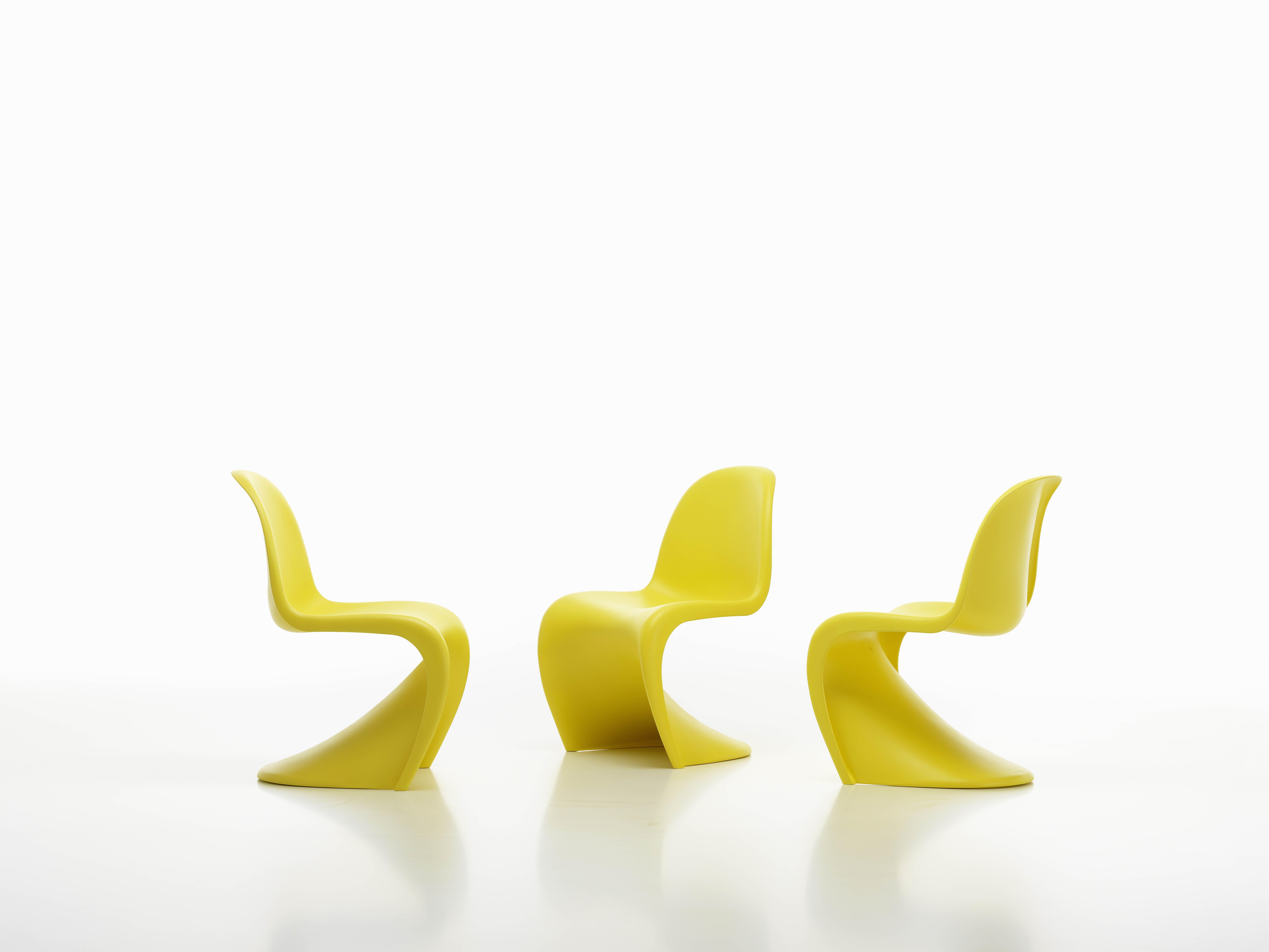 La Chaise Panton Par Fabricant Vitra Conue Verner