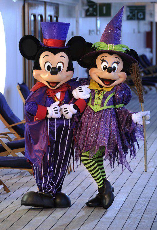 Vampire Mickey and Witch Minnie... Halloween on Disney