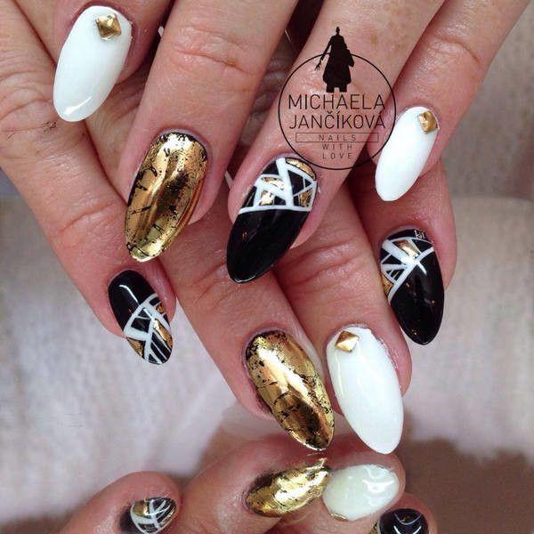Pin By Daria Dutkowska On Paznokcie Pinterest White Nail Designs