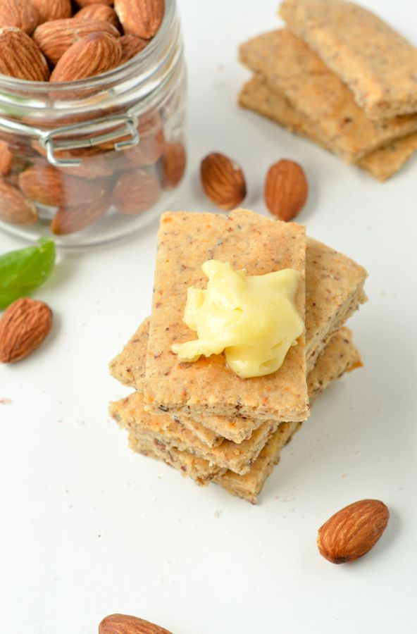 Almond Flour Crackers Are Easy Keto Snacks 100 Low Carb