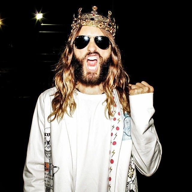 e320445c84 Jared Leto Wears Leggings + Dolce   Gabbana Crown