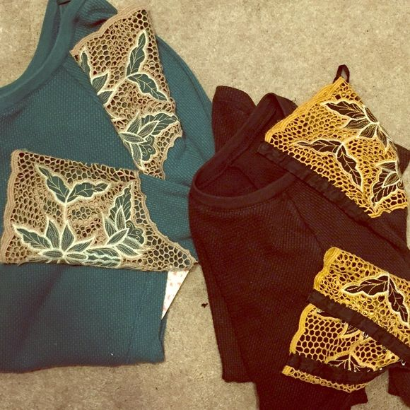 Free People Bali Cuff Bundle Two FP thermals... Bali Cuff. SO cute! One is dark brown with mustard cuffs, NWOT. The other is teal and NWT! Scoop neck and low scoop back. Run true to size! The brown is a small and teal is medium! $78 per top retail Free People Tops Tees - Long Sleeve