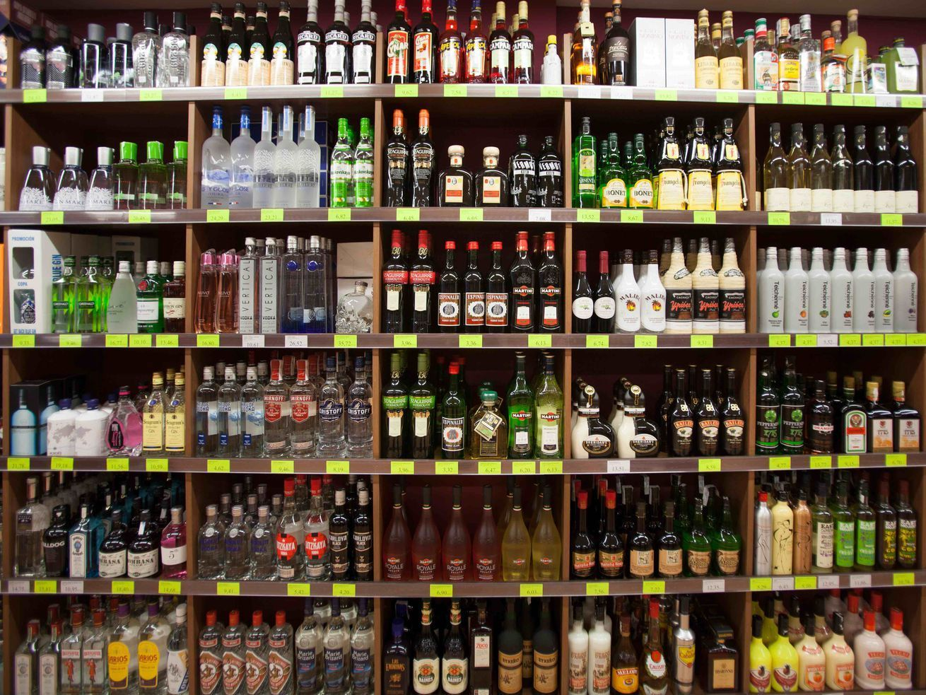 All Pennsylvania State Liquor Stores Close Indefinitely Online Sales Are Done Liquor Store Liquor Shop Liquor