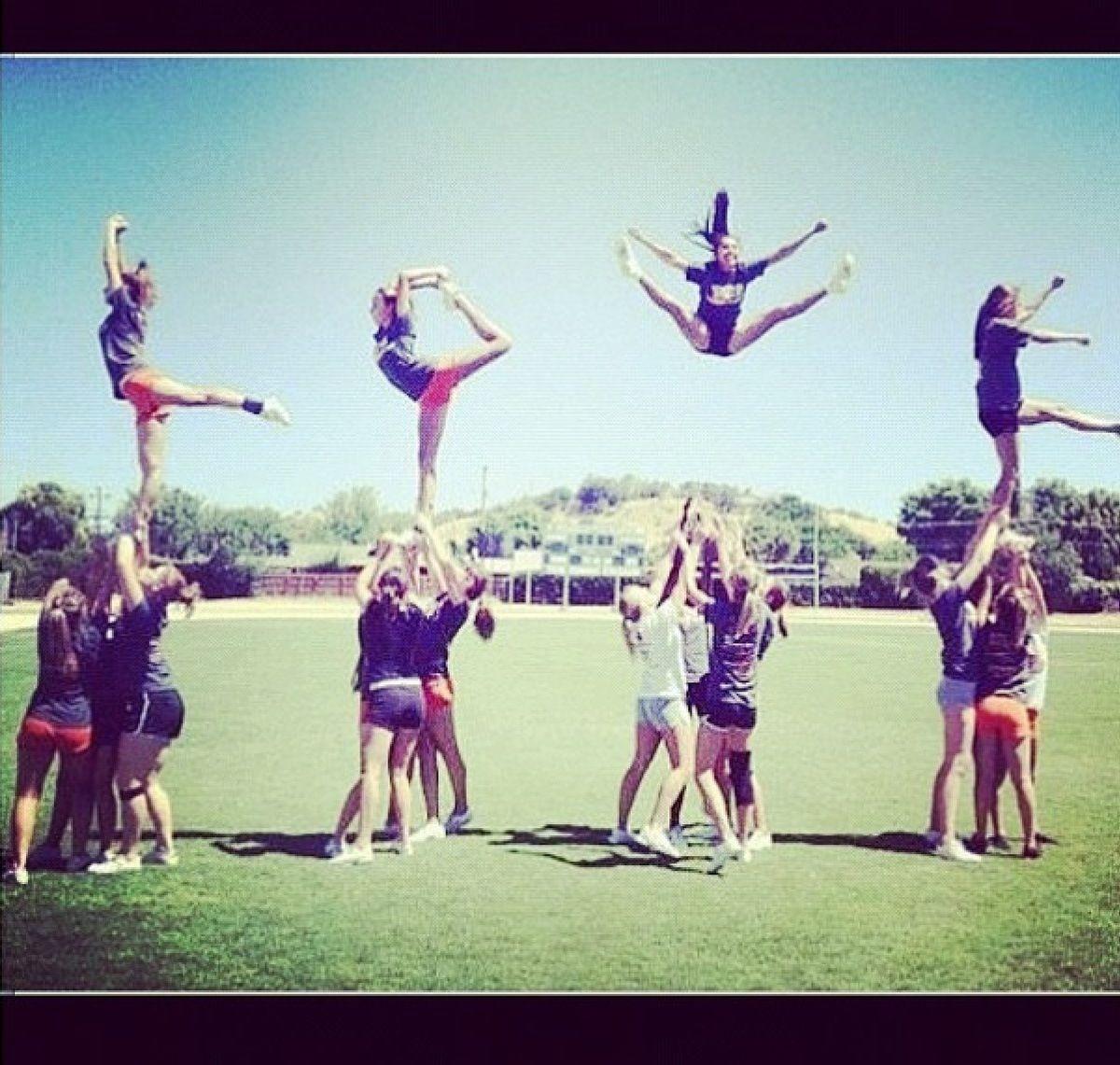 My cheerleading team