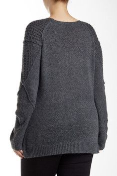 Love Token Side Slit Knit Crew Neck Sweater (Plus Size)