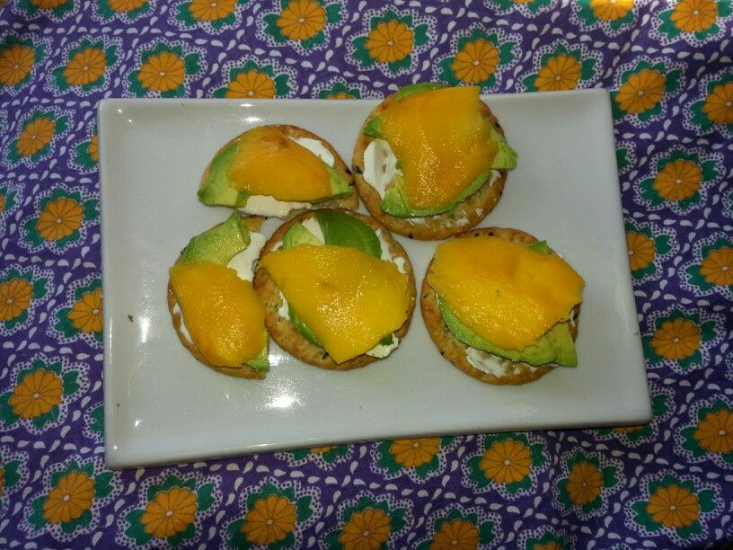 So, I went for sushi last night and had a roll with avacado,cream cheese, and mango, so this morning tried the same ingredients on my yummy Kirkland (costco) crackers. Yum