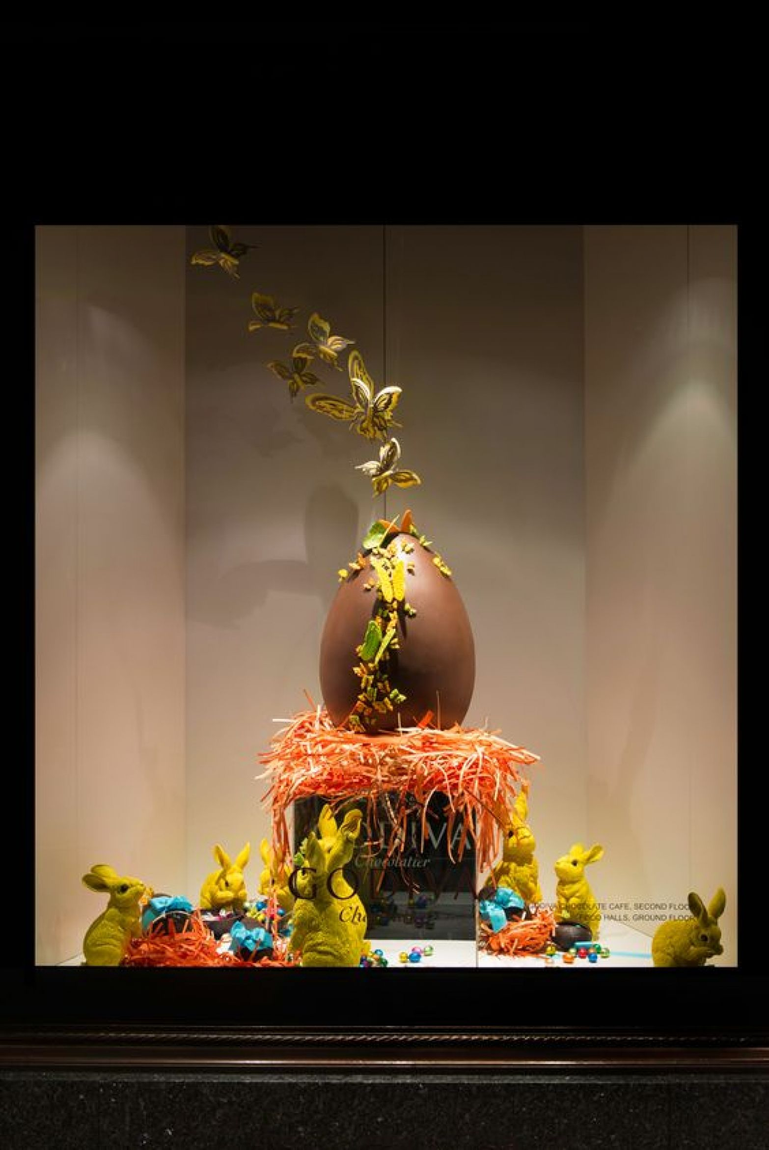A Gallery Of Over Creative Easter Window Display Ideas And