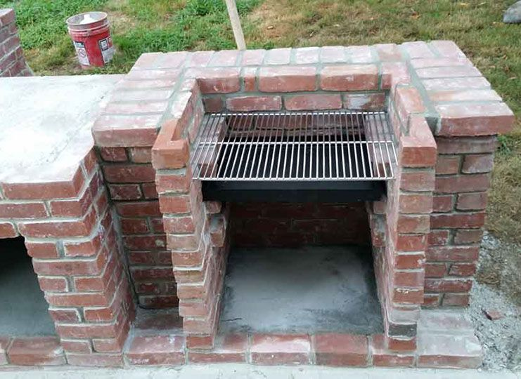 Wood Fired Brick Pizza Oven And Brick Bbq Grill Brick Pizza Oven Outdoor Brick Bbq Brick Oven Outdoor
