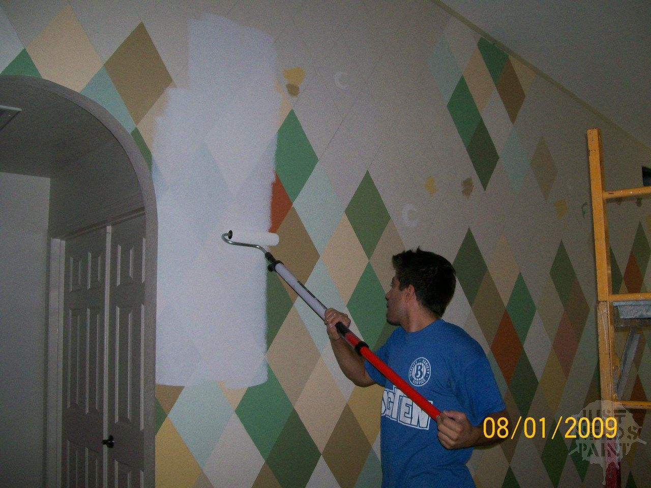 How Many Coats Of Primer Answered Just Needs Paint Block Wall Cinder Block Walls Wall Painting