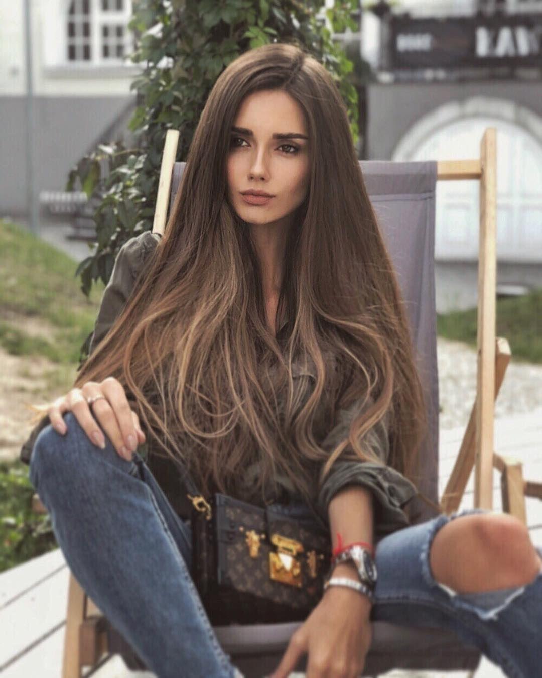 long hair brunette teen