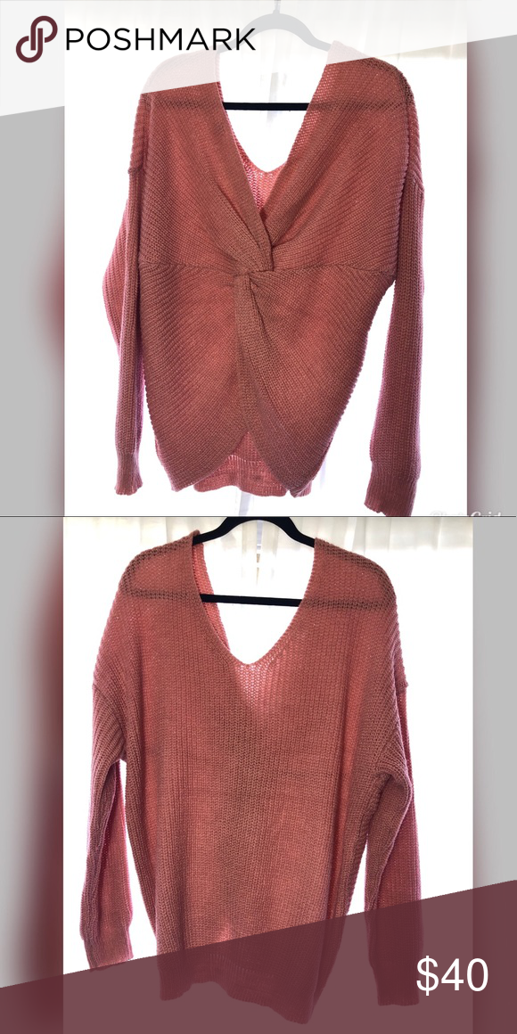 Back Knot Sweater Loose fitting sweater with knot in the