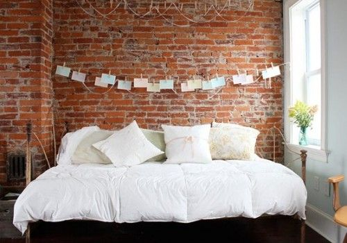 31 Idea To Decorate A Brick Wall Behind Your Bed Quarto De