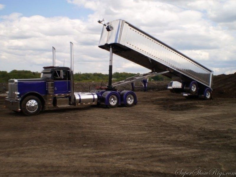 End Dump Truck >> Blue Peterbilt End Dump Lifted Trucks Peterbilt Trucks Big Rig