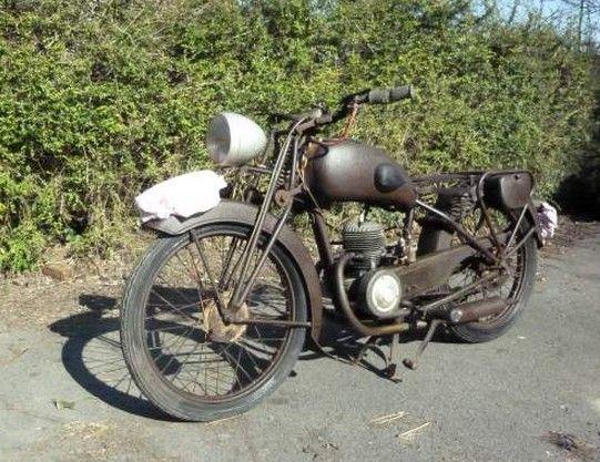 moto guiller fr res 125 cm3 3 vitesses ann e 1951 type g 9 guiller motos v lomoteurs. Black Bedroom Furniture Sets. Home Design Ideas