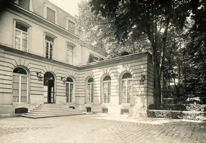 La Couturi U00e8re Jeanne Lanvin Avait Achet U00e9 En 1920 L U2019ancien